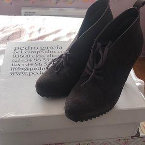 Pedro Garcia booties